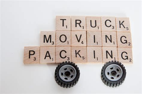 Cheapest Way To Move Furniture Distance by Cheapest Way To Move Across Country Top Tips Money Plate