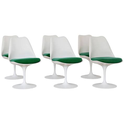 Saarinen Dining Chairs Eero Saarinen 1970s Tulip Dining Chairs For Knoll Associates At 1stdibs