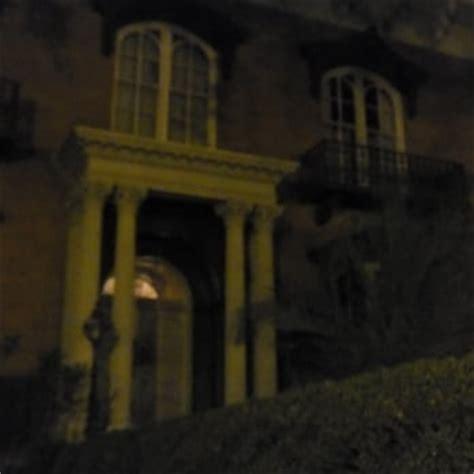 mercer house tour haunted savannah tours 43 photos walking tours lafayette square savannah ga