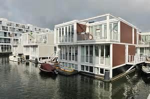huis boot amsterdam drijvend wonen in ijburg amsterdam abc arkenbouw