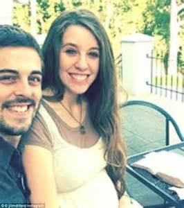 Special announcement 19 kids and counting stars jill duggar and