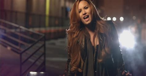 lyrics to demi lovato give your heart a break demi lovato give your heart a break dinle izlesene