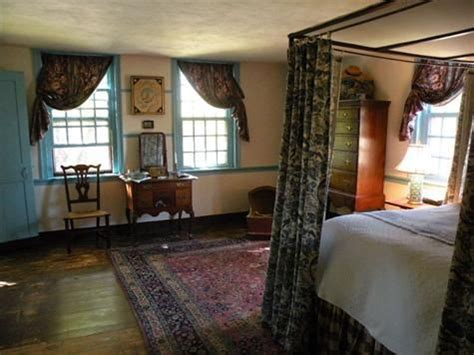colonial home decorating ideas 209 best colonial primitive bedrooms images on pinterest