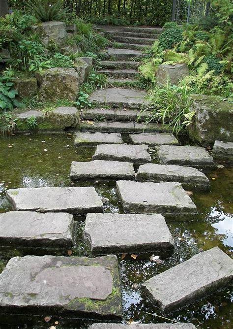 Britzer Garten Gartenplan by Trittsteine Machen Die Wasserfl 228 Che Begehbar