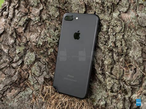 7 iphone plus apple iphone 7 plus size comparison versus iphone 6s plus galaxy note 7 lg v20 nexus 6p s7