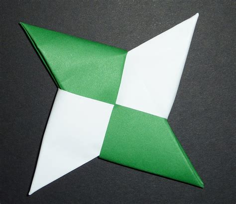 How To Make Paper Throwing - origami shuriken all