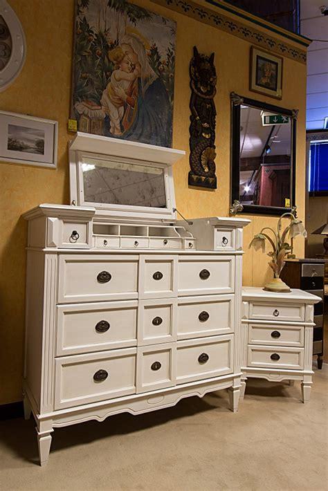 mobili classici bianchi arredamenti bianco mobili etnici e mobili classici
