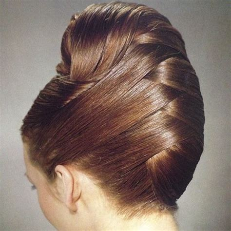 hairstyles roll 21 feminine ways to wear the french twist this fall
