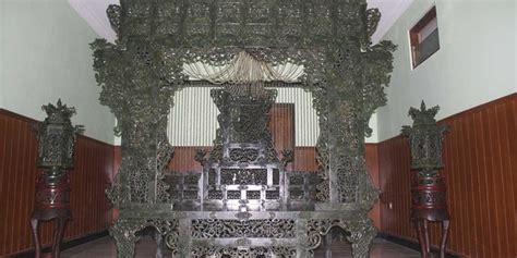 Ranjang Giok ranjang giok yang mau dipotong hadiah pernikahan putri kaisar merdeka