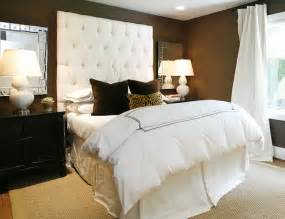 Bedroom With Tufted Headboard velvet tufted headboard bedroom