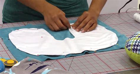 Bantal Leher Foto cara membuat bantal leher khusus traveling sendiri