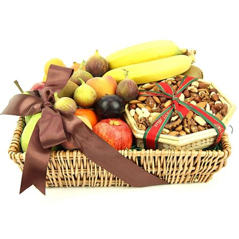 fruit and nut baskets gourmet fruit n nut basket send fruit basket uk