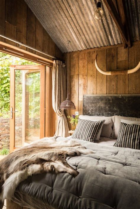 romantic rustic bedrooms best 25 cabin curtains ideas on pinterest country
