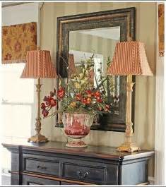 How To Decorate A Dining Room Buffet Traditional Dining Room