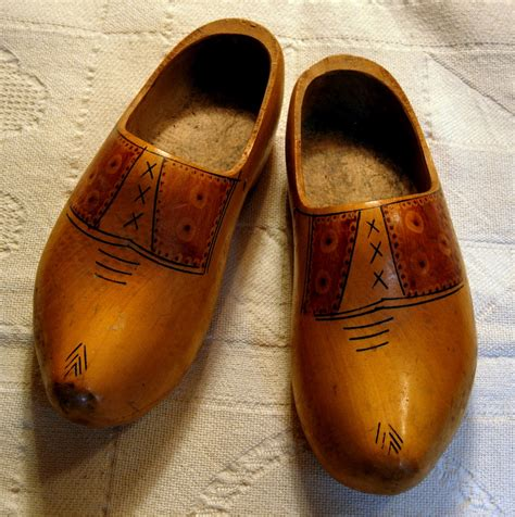 wooden shoe motherbedford wooden shoes