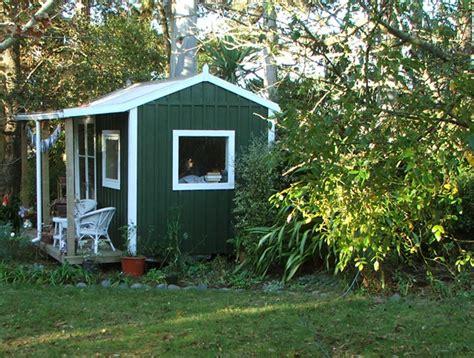 The Cottage Green by Garden Design