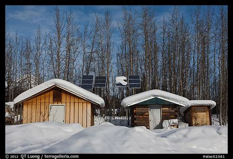 Solar Panels For Cabin by Picture Photo Cabins And Solar Panels Wiseman Alaska Usa