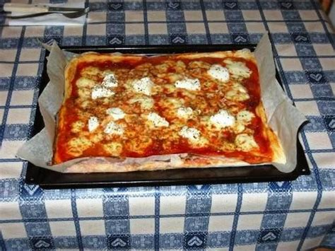 pizze fatte in casa la pizza napoletana fatta in casa segreti per una pizza