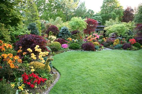 picture of a garden how to make your garden beautiful