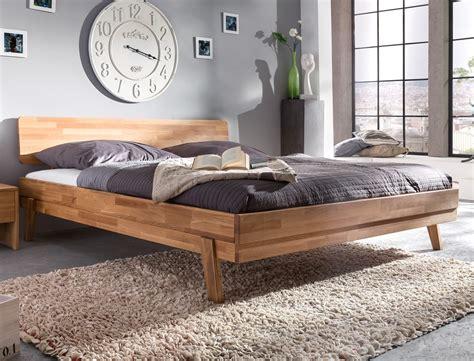 schlafzimmer nachttischle massivholzbett liano 200x200 wildeiche ge 246 lt doppelbett