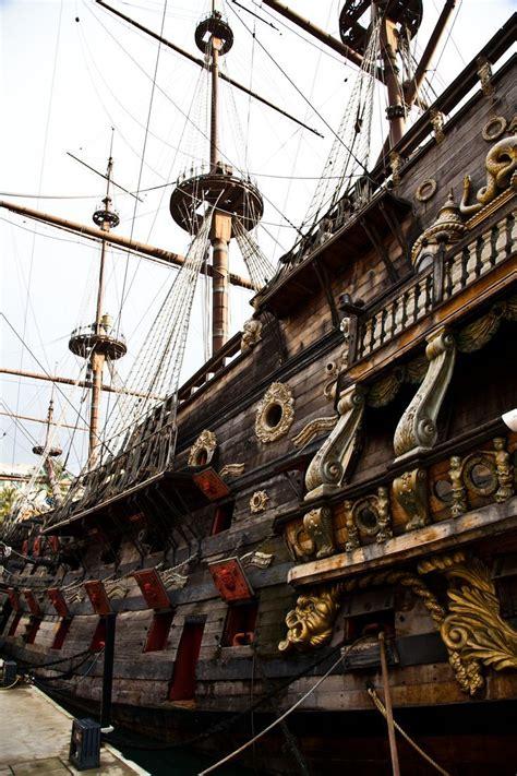 david iben boating captain florida stock photo aesthetic pillage plunder piracy