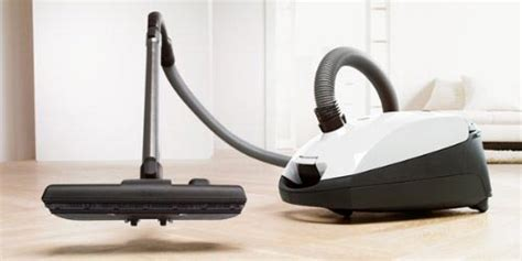 What Is The Best Vacuum Cleaner For Wood Floors by Best Vacuum For Hardwood Floors Buying Guide Topsinnj