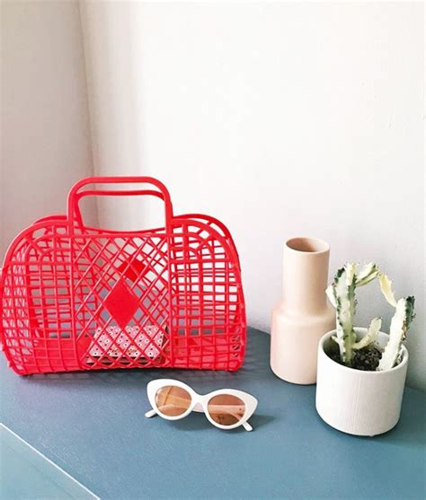 Jelly Bag In Redwine sun jellies basket bags are the next big thing whowhatwear uk