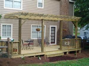 Timber Decks And Pergolas by How To Amp Repair How To Build A Free Standing Deck