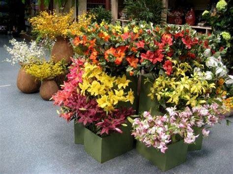 come fare fiori finti fiori artificiali composizione di fiori finti