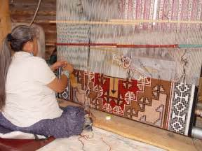 Native Rugs Cara Gorman At The Loom Weaving Ganado Klagetoh Navajo
