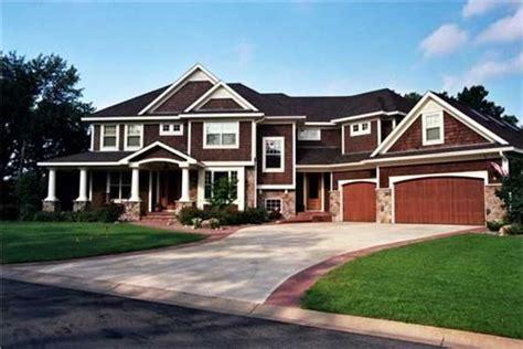 houses with big garages house floor plan 6 bedrooms bonus room 2nd floor laundry