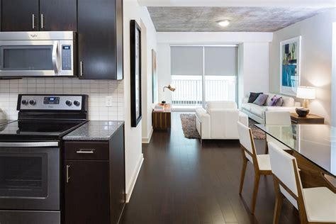 Three Bedroom Apartments Houston by Apartments In Downtown Houston Skyhouse Houston Houston