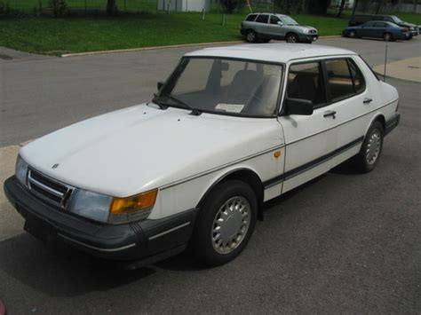 how can i learn about cars 1989 saab 9000 windshield wipe control slickdizzy 1989 saab 900 specs photos modification info at cardomain