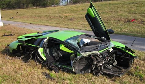 fatal lamborghini crash car crash fatal lamborghini murcielago lp640 and nissan
