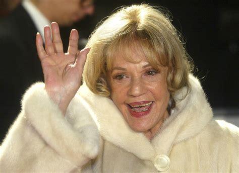 actress dies july 2017 jeanne moreau spellbinding movie star dies at 89