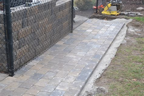 Paver Patio Install Paver Patio Installation How To How To Lay Pavers For A Patio