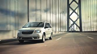 Savage Chrysler 2014 Chrysler Town Country Limited Savage On Wheels