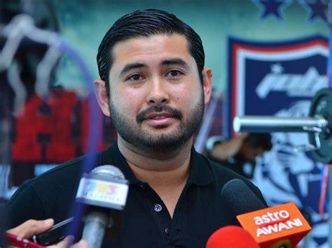 Mahkota Prince johor crown prince tmj s statement on nazri aziz