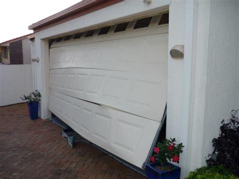 Garage Door Springs Cincinnati Cincinnati Emergency Garage Door Repair We Promise Asap
