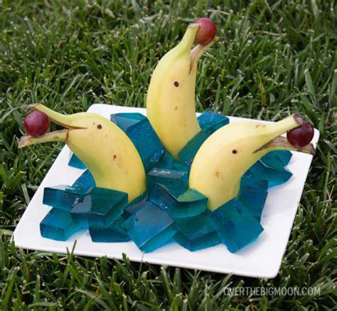 banana themed banana dolphin