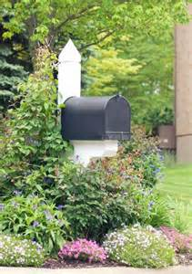 mailbox landscaping 1000 ideas about mailbox landscaping on