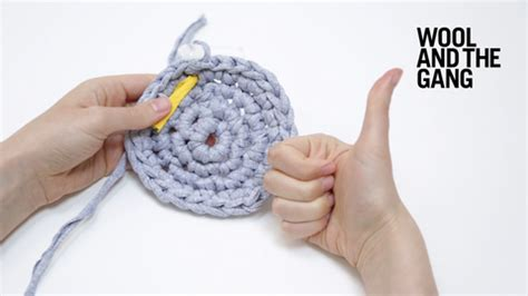 how to knit a flat circle with circular needles crochet a flat circle knitting wool and the
