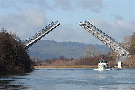 puente cau cau mop el puente cau cau hay que demolerlo y constrirlo de