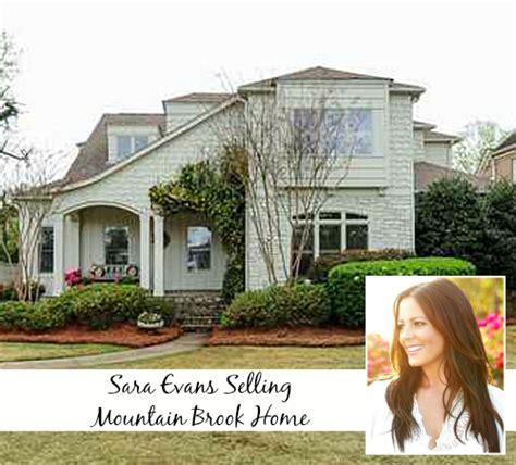 sara evans house singer sara evans selling her sweet home in alabama hooked on houses