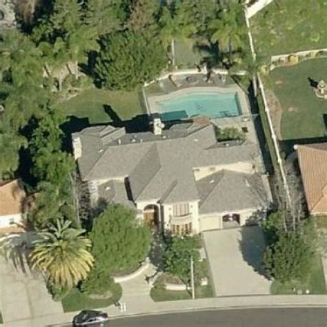 kendra wilkinson house kendra wilkinson hank baskett s house in calabasas ca google maps 3 virtual