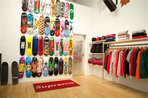 supreme shops supreme skate and streetwear fashion boutique new york