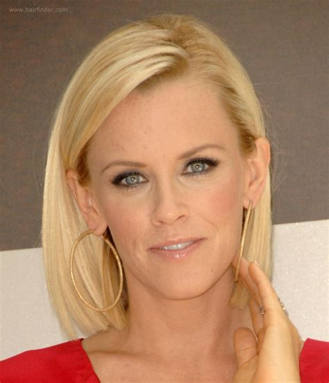 what is jenny mccarthy natural hair color jenny mccarthy long bunt bob with the hair chopped an