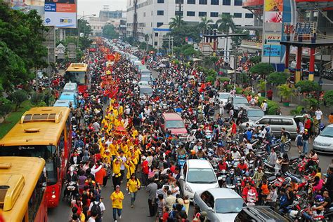 new year in jakarta new year jakarta thereluctantemigrant