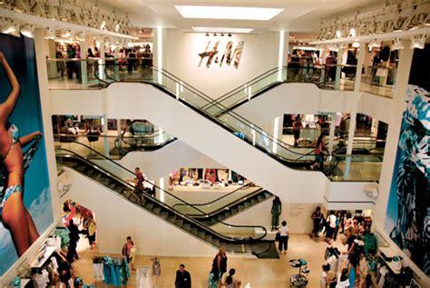 home design stores milan h m piazza duomo where milan what to do in milan