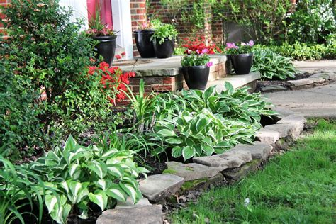 front yard flower beds front yard flower bed ideas photograph front yard transfor